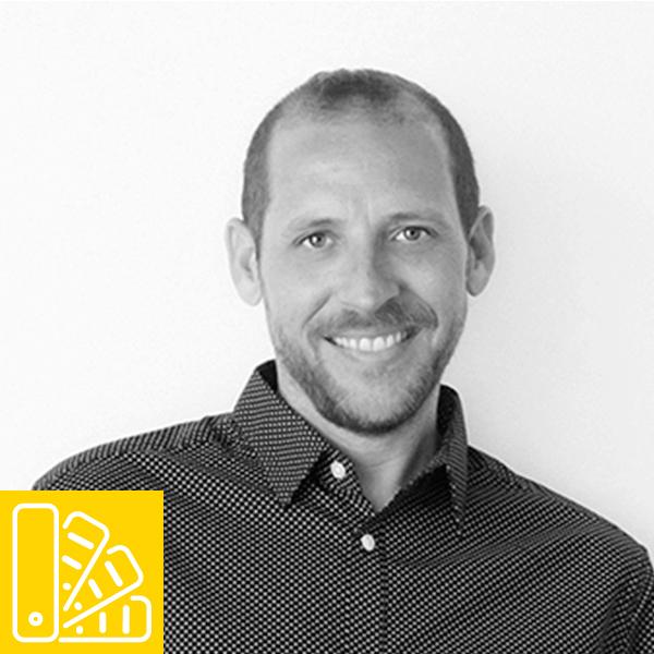 Profesor en Natural Formación de diseño gráfico y tipografía, Fernando Almodóvar